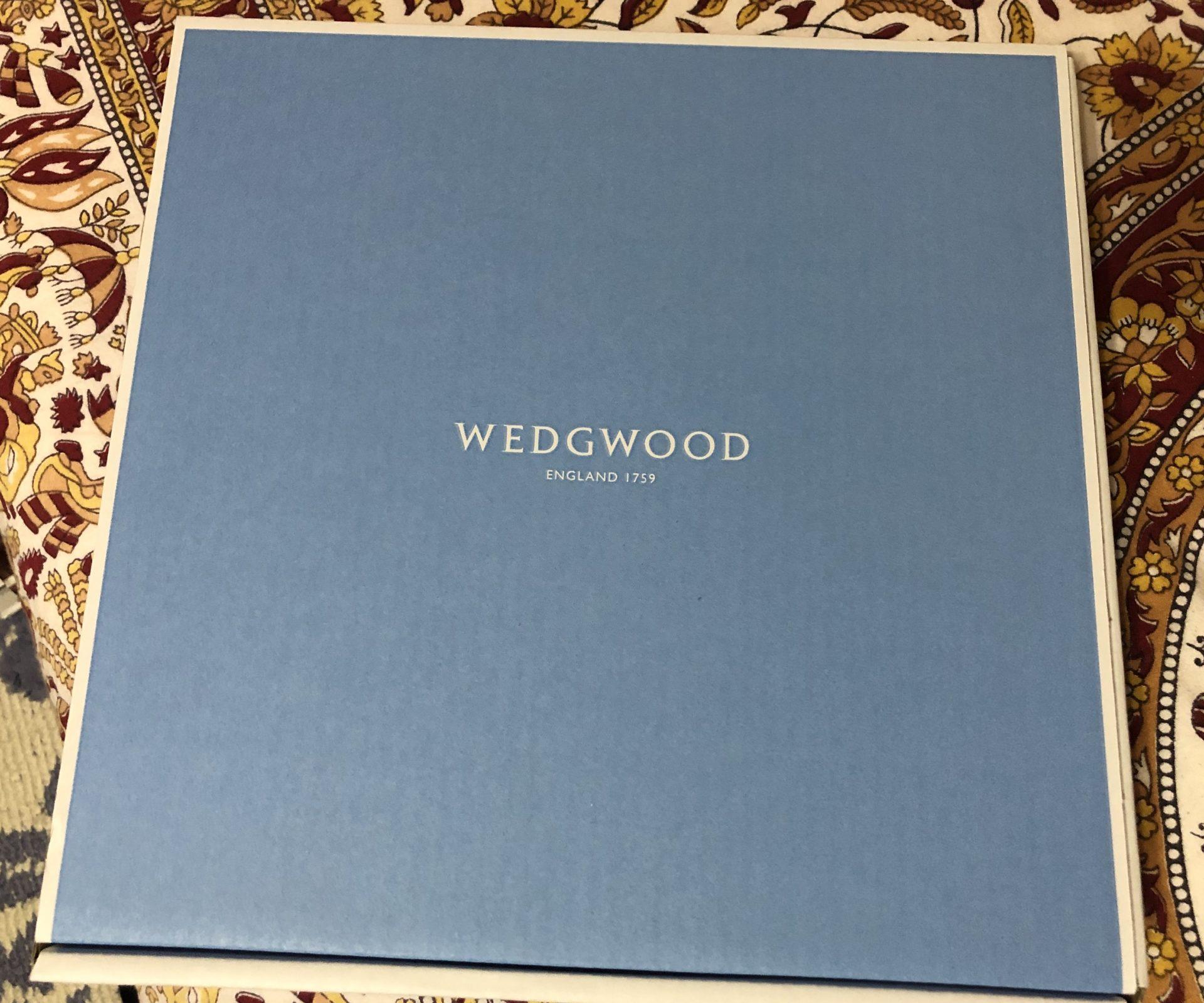 ウエッジウッドのブルーの箱